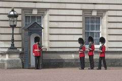The Guardsmen at the Buckingham Palace in London Royalty Free Stock Photography
