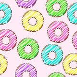 Guarnizioni di gomma piuma su fondo rosa Modello senza cuciture con le guarnizioni di gomma piuma immagine stock