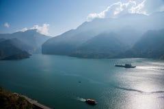 Águas do rio do Rio Yangtzé Three Gorges Qutangxia Fengjie Imagem de Stock Royalty Free