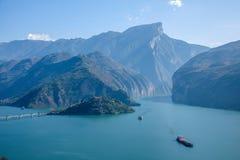 Águas do rio do Rio Yangtzé Three Gorges Qutangxia Fengjie Fotos de Stock Royalty Free