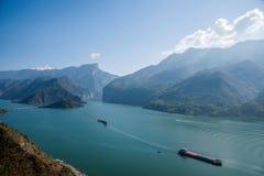 Águas do rio do Rio Yangtzé Three Gorges Qutangxia Fengjie Fotografia de Stock