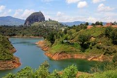 Guatape岩石,彼德拉在麦德林附近的De Penol,哥伦比亚 免版税库存照片