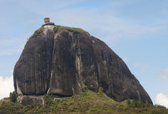 guatape βράχος στοκ εικόνες