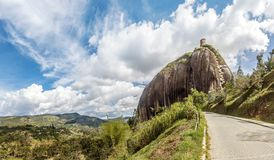Guatape Rocha Piedra del Penol - Guatape, Antioquia, Colômbia fotografia de stock