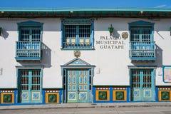 Guatape stadshus Arkivfoto