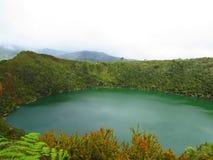 Guatavita μύθου Ελ Ντοράντο λιμνοθαλασσών ή λιμνών στοκ εικόνες
