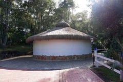Guatavita legend för dorado för Colombia lagun- eller sjöel royaltyfria foton