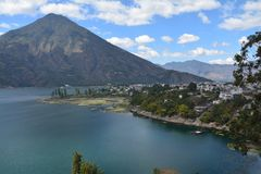 Guatemala panorâmico do lago Atitlan das paisagens fotos de stock royalty free