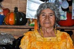 Guatemalteca-Frau, Lago Atitlan, Guatemala Lizenzfreie Stockfotografie