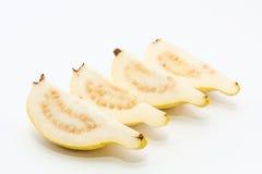 Guava owoc cięcie w cztery kawałka Fotografia Royalty Free