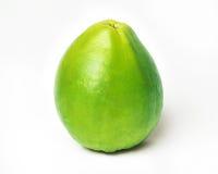 Guava på en vit bakgrund Arkivfoto