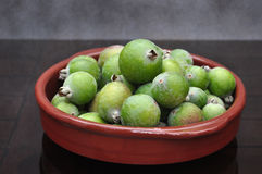 Guavas в блюде Стоковое Фото