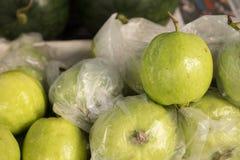 Guave für Verkauf Stockfotos