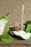 Guave met specerij royalty-vrije stock afbeelding