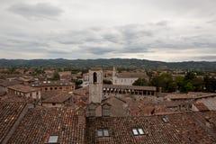Gubbio italy Landskap av den gamla staden Arkivfoton