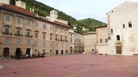 Gubbio, Italy Uma da cidade pequena a mais bonita em It?lia O quadrado principal e a c?mara municipal filme