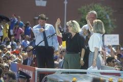 Gubernator Bill Clinton, senator Al Gore, Hillary Clinton i Tipper Gore na 1992 Buscapade kampanii wycieczce turysycznej w Corsic Obrazy Royalty Free