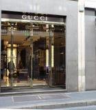 Gucci speichern Stockbilder
