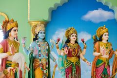 Gudar av Hinduism tillbes av indierna royaltyfri bild