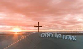 Guden är förälskelsesolnedgångsander Royaltyfri Foto