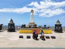 Gudinnaguanyin Nanshan på den Hainan ön i Kina arkivbild