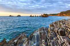 Gueirua plaża przy wieczór Hiszpanii asturii Obrazy Royalty Free