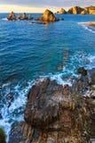 Gueirua plaża przy zmierzchem Hiszpanii asturii Obraz Stock