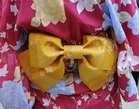 Gueixa no quimono cor-de-rosa Fotografia de Stock Royalty Free