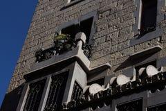 Guell宫殿细节在巴塞罗那,西班牙 库存图片