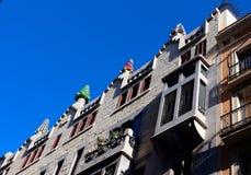 Guell宫殿在巴塞罗那,西班牙 免版税库存图片