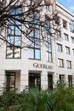 Guerlain förlägger högkvarter kontor Frankrike Arkivfoto