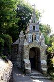 Guernesey - opinión del primer de la pequeña capilla Fotografía de archivo libre de regalías