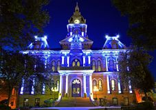 The Guernsey County Courthouse at Night Royalty Free Stock Photos