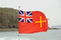 Guernsey-Seemarkierungsfahne Stockfotos
