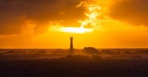 Guernsey-Sonnenuntergang hinter Hanois-Leuchtturm Lizenzfreies Stockbild