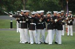 Guerra Arlington memorável de Iwo Jima - cerimónia do por do sol Imagens de Stock Royalty Free