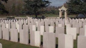 Guerra 14-18. Cimitero cinese di Nolette, Noyelles-sur-MER stock footage