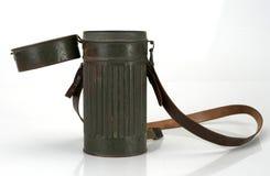 Guerra civil española Careta antigás alemana de la cubierta del metal WW2 imagen de archivo libre de regalías