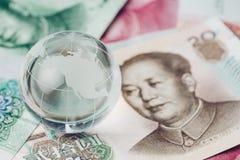 Guerra comercial dos E.U. e da China, tarifa, barreira do imposto, glo do vidro do decoraton foto de stock