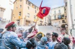 Guerra de la harina en Berga, España Fotos de archivo libres de regalías