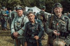 Guerra Mundial histórica de la reconstrucción Segunda Un pelotón de alemán tan Foto de archivo