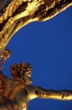 Guerre, passerelle d'Alexandre III, Paris Image stock