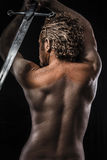 Guerreiro com espada, sonho, raiva, sonhando, homem coberto na lama, Foto de Stock Royalty Free