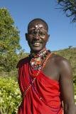Guerreiro do Masai na veste vermelha na tutela de Lewa, Kenya África fotos de stock royalty free