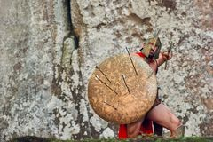 Guerreiro espartano maduro nas madeiras Fotos de Stock Royalty Free