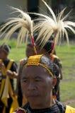 Guerreiros que dançam na roupa tradicional Flores Indonésia Fotos de Stock Royalty Free