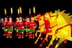 Guerreros y linternas chinos de los caballos Imágenes de archivo libres de regalías