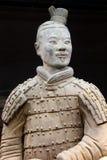 Guerrier antique de terre cuite (l'UNESCO) à Xi'an, Chine Photographie stock