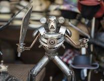 Guerrier fâché de robot image stock