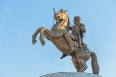 Guerrier sur le cheval Alexandre le grand à Skopje Image libre de droits